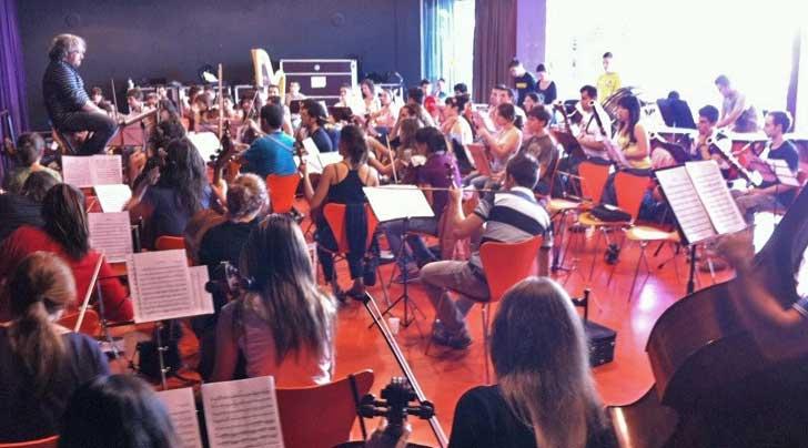 La Orquesta Joven de Extremadura cierra su tercer encuentro de 2011 con conciertos en Badajoz y Cáceres