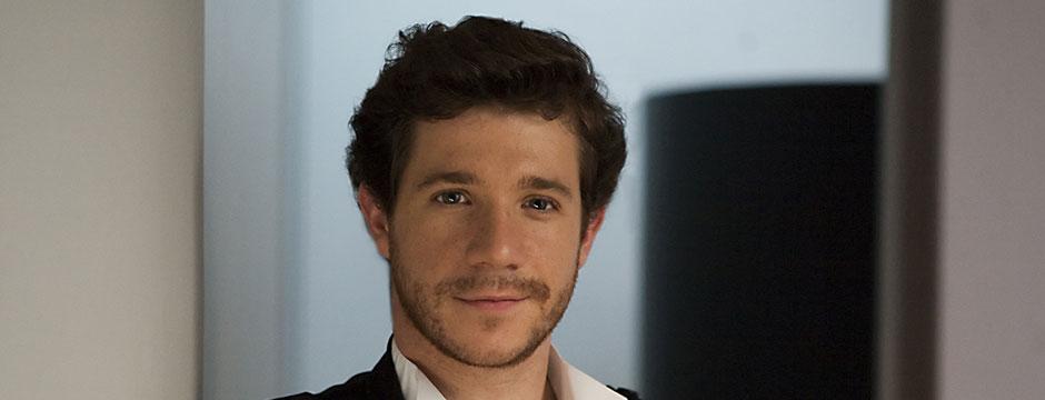 Andrés Salado, director titular y artístico de la OJEX