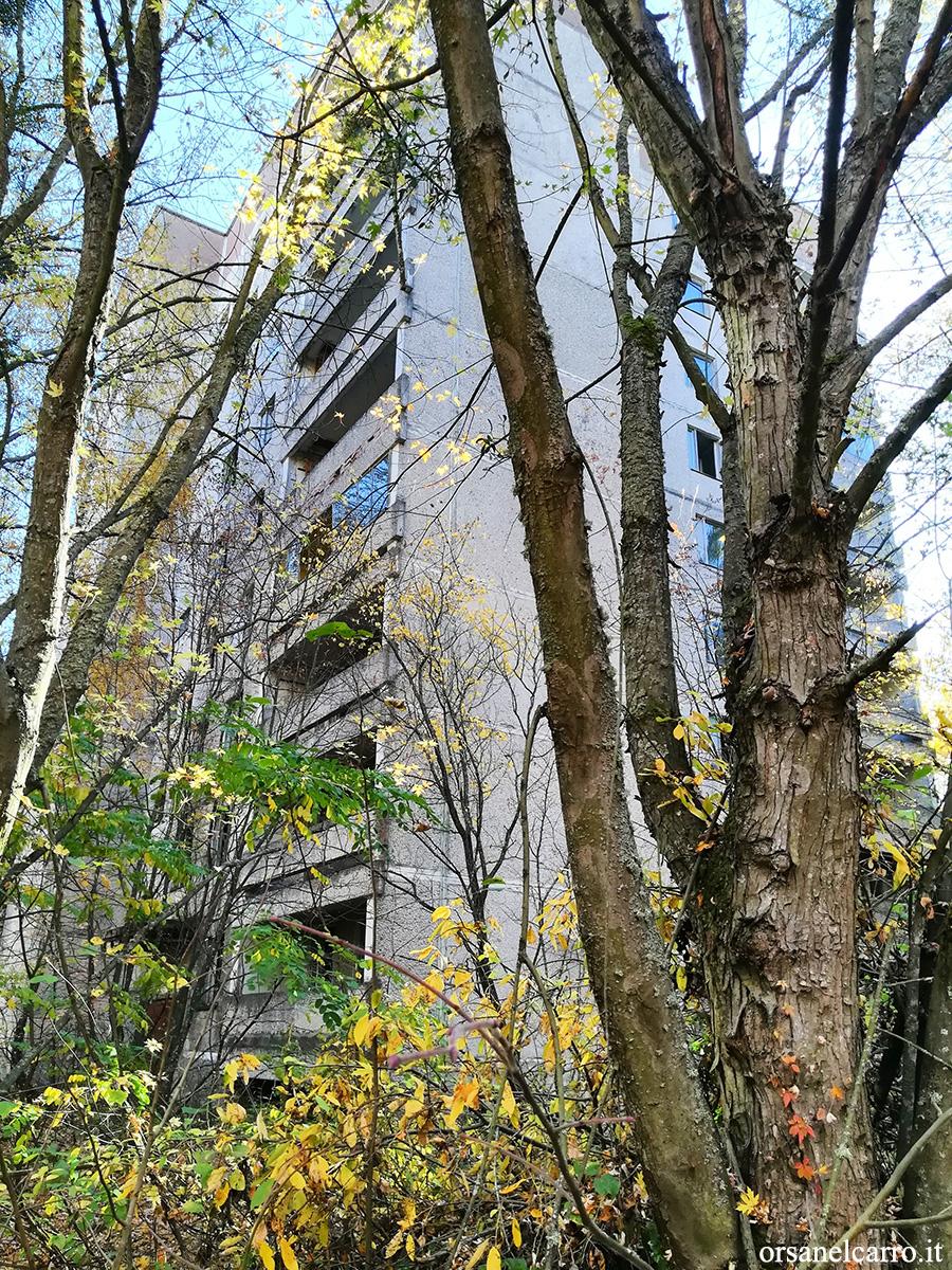 Prypiat-Chernobyl-palazzi-blocco-sovietico