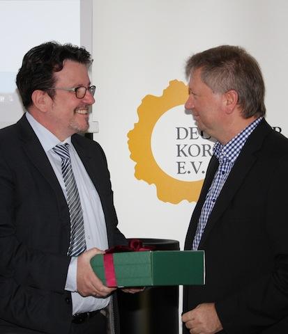 DKV President Tomas Cordes & Dieter Schenkling (Léonwood Holz-Blockhaus GmbH, Maust)