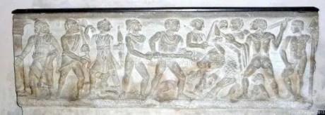 """Enrico-VII-fu-sepolto-nel-Duomo-di-Cosenza-nel-1242-e-la-sua-fu-la-prima-delle-""""regie-tombe""""-presenti-nel-monumento-insieme-a-quella-della-regina-Isabella-di-Francia-e-a-quella-andata-perduta-di-Luigi"""
