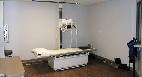 Orthopaedic and Rehabilitation Specialists of Central Illinois x-ray room