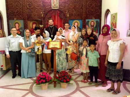 Праздничное богослужение на Рождество Христово в Пномпене (Камбоджа)