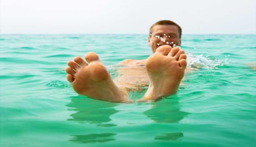 Τι κάνουμε αν μας πιάσει Κράμπα στην θάλασσα