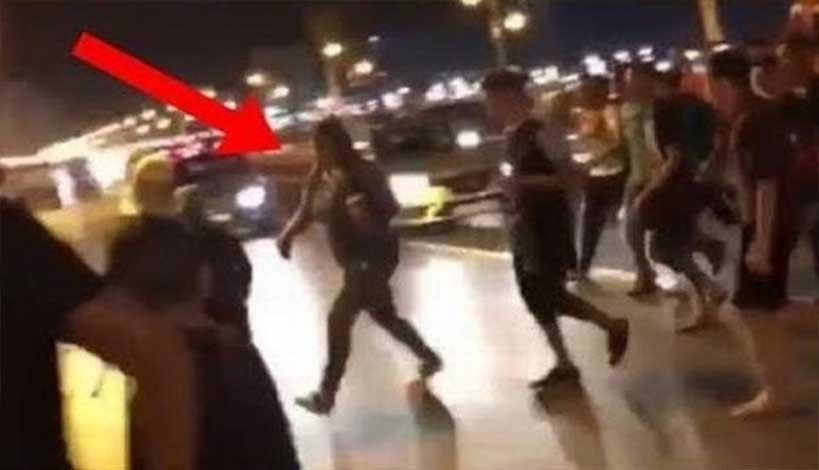 Μαρόκο : Μουσουλμάνοι κυνηγούν γυναίκα επειδή φόρεσε τζιν στον δρόμο ΒΙΝΤΕΟ