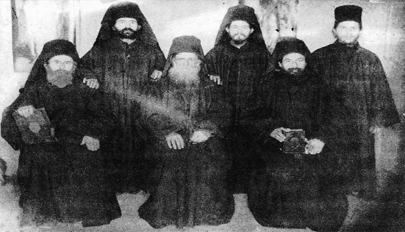 Άγιον Όρος : Το Μεγάλο Θαύμα της Αγίας Ζώνης στον μακάριο Γέροντα Δανιήλ Κατουνακιώτη