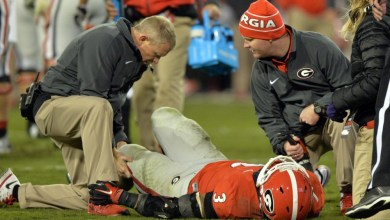 Photo of Sports medicine experts applaud new spine injury guidelines