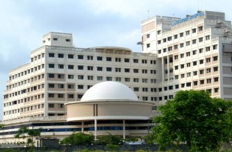 Kerala's First 3D Knee ArmorCoat System total knee replacement surgery performs at VPS Lakeshore Hospital