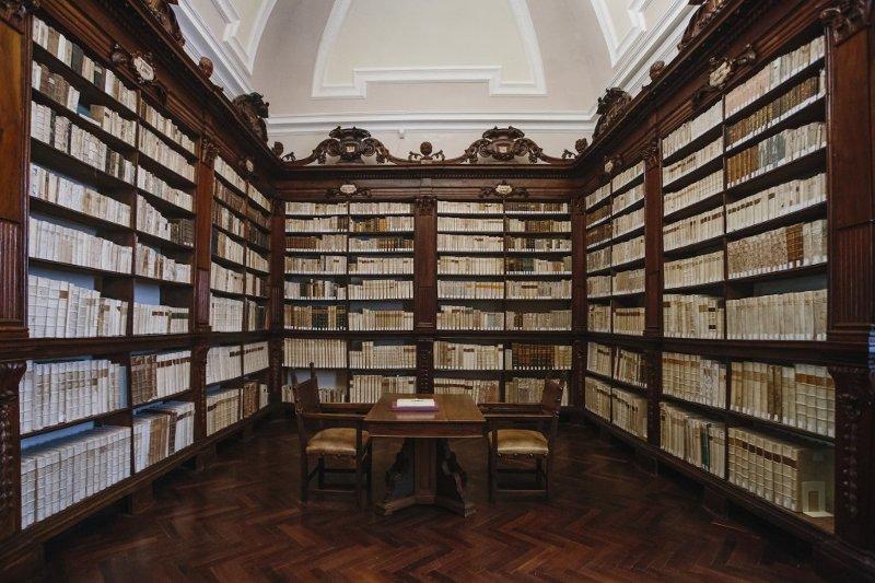 biblioteca del monastero di fonte avellana