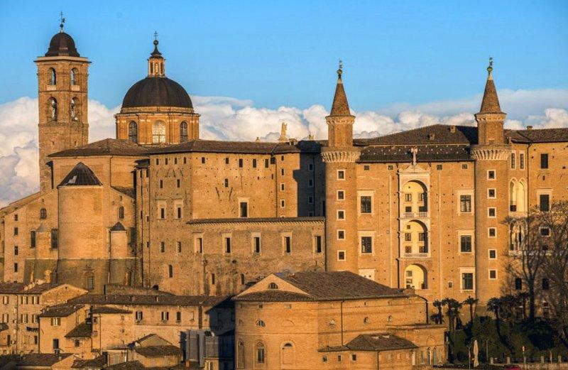 Urbino vista dalla fortezza albornoz