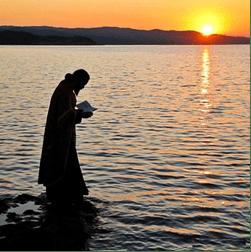 Tanrısal sevgi, kalplerimizden ölümün gücünü kaldırsın