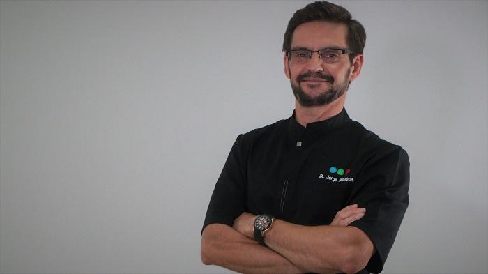 Curriculum Dr. Jorge Requena