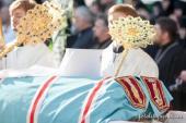 În lavra Pecerska din Kiev a avut loc oficierea prohodului și înmormântarea Preafericitului mitropolit al Kievului și al întregii Ucraine Vladimir