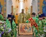 (Română) Duminică comunitatea Catedralei Sfintei Treimi din Paris și-a marcat primul hram