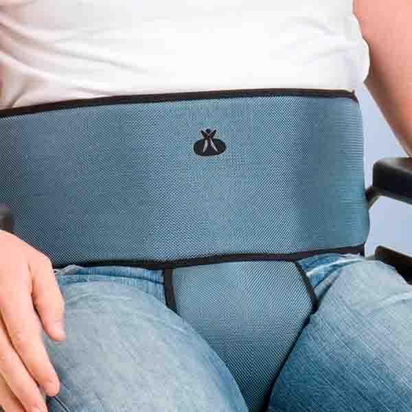 Cinturón para sillas de ruedas con sujeción abdominal y perineal