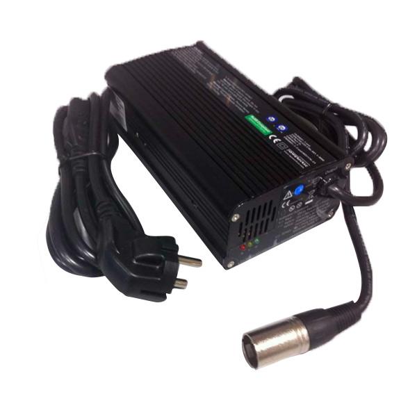 Cargador baterías 2A Scooter eléctrico Libercar – Accesorio
