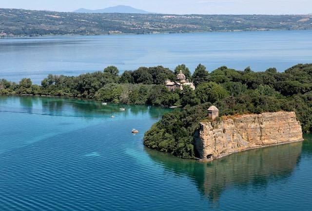 TusciaMarket comprata Bisentina Sasseto e tomba Cahen allasta si tratta Torre Alfina