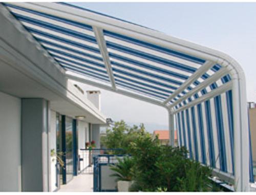 Tende da sole per esterno: Vivere Il Balcone E Il Terrazzo Tende Da Esterno Tende Da Sole A Capanno