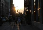 1年で最も美しい夕暮れ時「マンハッタンヘンジ」