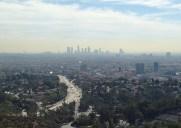 LAの大パノラマを堪能できる丘の上の展望台「ジェローム C. ダニエル・オーバールック」