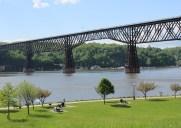 世界一長い歩行者専用橋が架かる「ハドソン州立歴史公園」