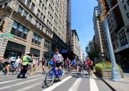 サマーストリーツ – マンハッタンを歩こう!毎年夏に開催される歩行者天国イベント