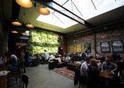 ウイリアムズバーグの人気カフェ「デボシオン」