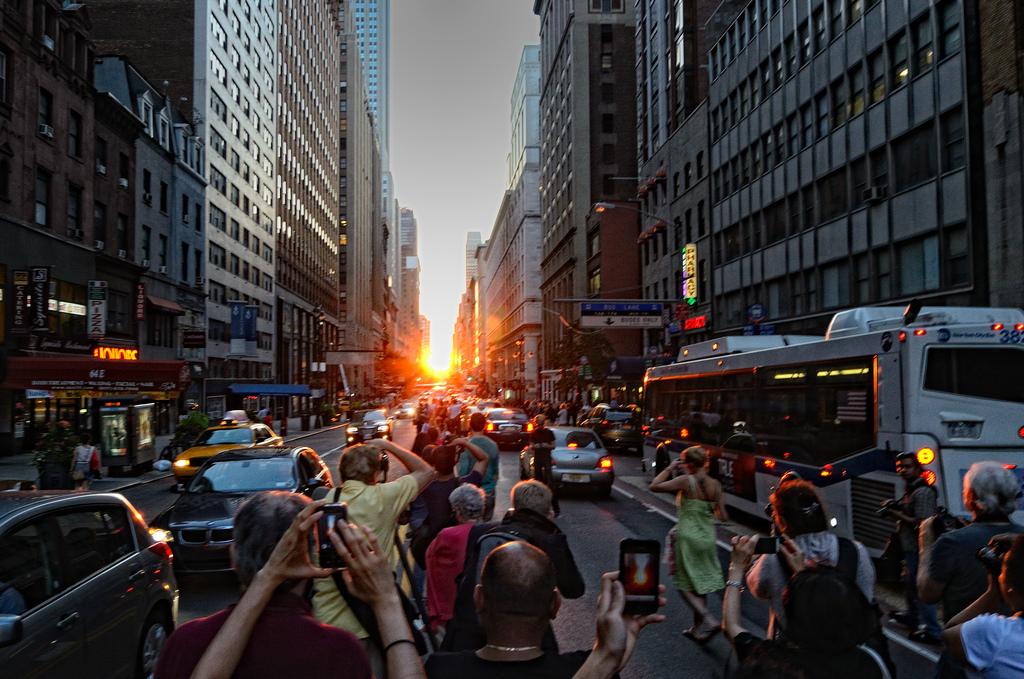 1年で最も美しい夕暮れ時「マンハッタンヘンジ」の日程(2017年度版)