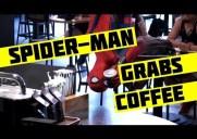 そこから来るか!スパイダーマンがスターバックスに現れる動画が話題に