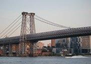完成当時は世界一長かった吊り橋「ウィリアムズバーグブリッジ」