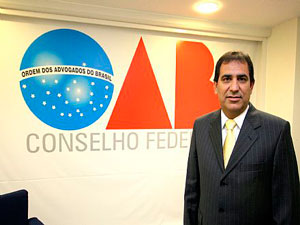 O presidente da OAB, Cézar Britto, afirma que a emenda é inconstitucional. Foto: Eugenio Novaes/OAB.