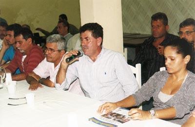 Paulo Melo, Franciane e correligionários. Fotos: Edimilson Soares.