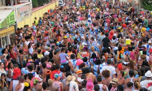 Carnaval lotou a cidade de foliões