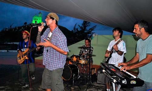 Banda de Niterói Via-Jah agita fim de semana em Saquarema