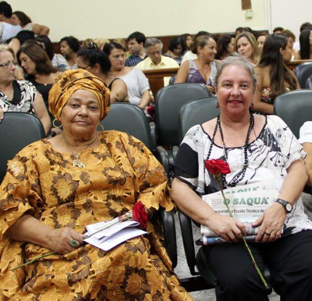 Duas Mulheres de Ouro: A babalorixá Dolores de Xangô, indicada pelo vereador Vinícius e a jornalista Dulce Tupy, indicada pelo vereador Kinho. (Fotos: Edimilson Soares)