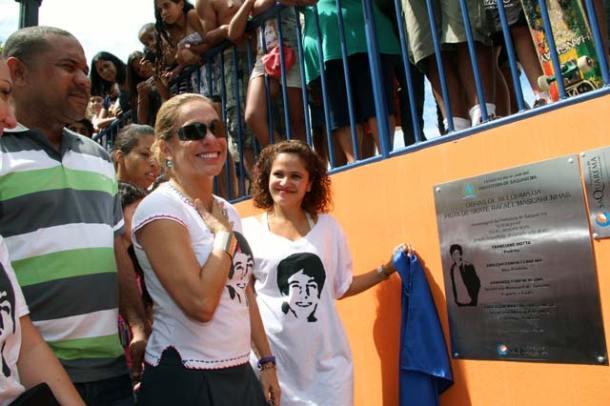 Kinho, Cissa e Franciane inaugurando a pista de skate Rafael Mascarenhas. Foto: Edimilson Soares