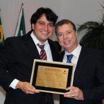 O vereador Pedro Ricardo e o deputado estadual Miguel Jeovani