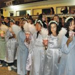 A fileira de anjinhos iluminando a tradicional procissão de Nossa Senhora de Nazareth, no Círio mais antigo do país, realizado todos os anos desde 1630 no dia 8 de setembro. (Foto: Paulo Lulo)