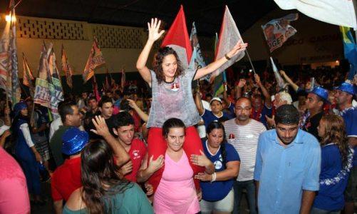 Franciane segue em campanha pelos bairros