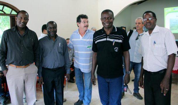 Técnicos de países africanos estiveram em Saquarema para conhecer o trabalho desenvolvido na área rural. (Foto: Edimilson Soares)