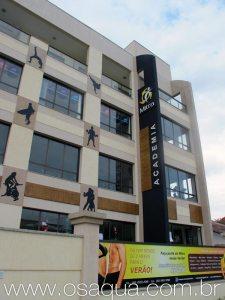 A Academia Mitra, recém inaugurada por Andreia na Avenida Oceânica, no bairro de Itaúna. (Foto: Dulce Tupy)