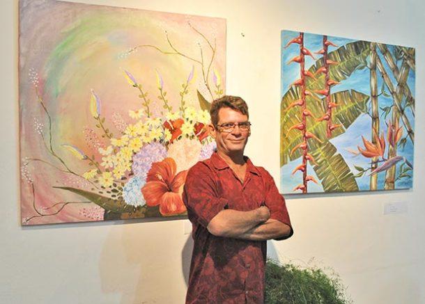 O artista Jorge Vale retrata sua fase atual e exibe suas telas em exposição aberta ao público na Casa de Cultura (Foto: Agnelo Quintela)