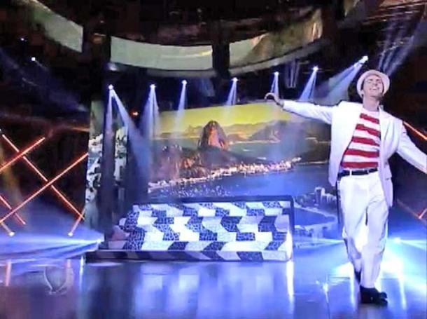 Pedro Paulo Bravo mostra seus dons de sapateado no palco  do Got Talent Brasil, da rede Record (Divulgação)