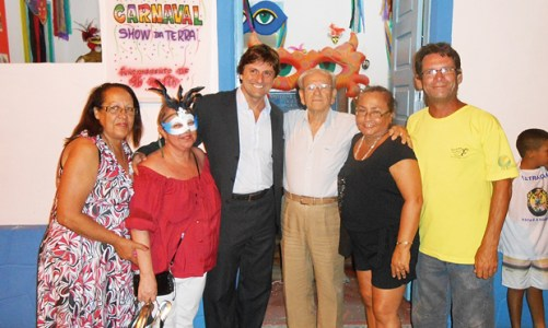 """Exposição """"Carnaval Show da Terra"""" na Casa de Cultura"""