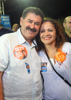 O deputado Paulo Melo e a esposa e prefeita Franciane Motta (Foto Edimilson Soares)