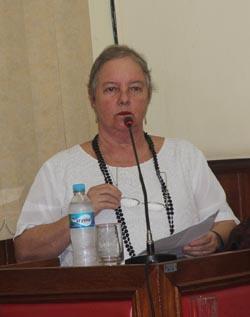 A jornalista Dulce Tupy fez um discurso na Tribuna da Câmara onde resgatou os 15 anos do jornal O Saquá