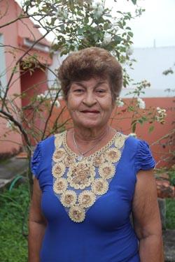 Lina, autora de Versos e Emoções