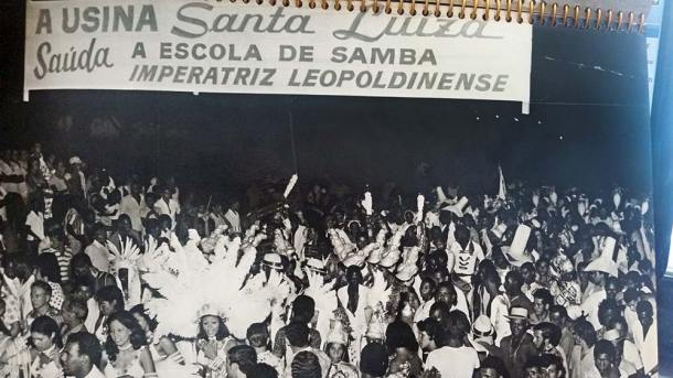 Nos tempos áureos, a Usina chegou a promover festas com as escolas de samba que vinham do Rio: Imperatriz Leopoldinense, Salgueiro e Mangueira. Para comemorar a grande safra, realizou-se uma festa de dois dias de duração, com muito churrasco e cerveja. (Foto: Arquivo Herivelto B. Pinheiro)