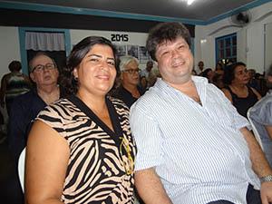 Elisia e Dr. Saint Clair, sobrinho do Dundum (foto: Edimilson Soares)