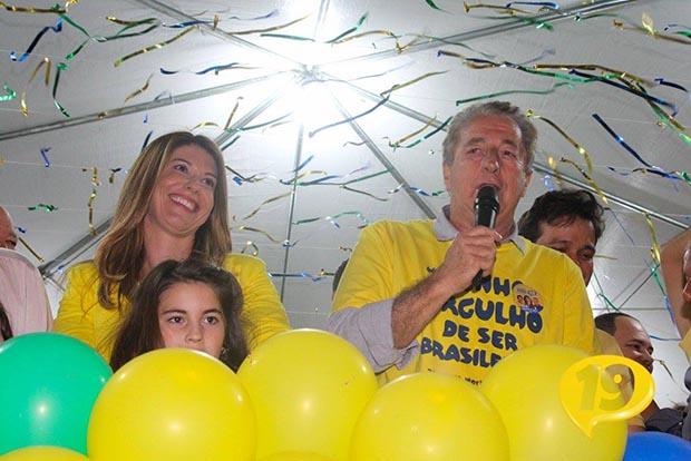 Manoela substituiu o ex-prefeito Peres dias antes da eleição surpreendendo a todos